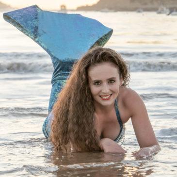 Mermaid at praia de São Martinho do Porto